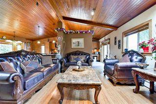 "Photo 3: 1527 PHOENIX Street: White Rock House for sale in ""West White Rock"" (South Surrey White Rock)  : MLS®# R2155044"