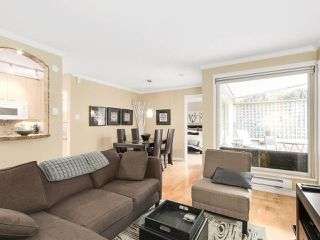 Photo 2: 208 1345 COMOX Street in Vancouver: West End VW Condo for sale (Vancouver West)  : MLS®# R2156986