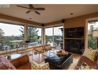 Photo 10: 932 Cobblestone Lane in VICTORIA: SE Broadmead Single Family Detached for sale (Saanich East)  : MLS®# 376704