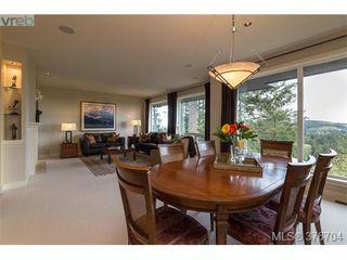 Photo 6: 932 Cobblestone Lane in VICTORIA: SE Broadmead Single Family Detached for sale (Saanich East)  : MLS®# 376704