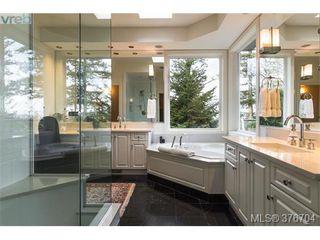 Photo 9: 932 Cobblestone Lane in VICTORIA: SE Broadmead Single Family Detached for sale (Saanich East)  : MLS®# 376704