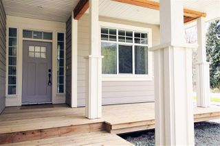 Photo 2: 893 AURORA Way in Gibsons: Gibsons & Area House for sale (Sunshine Coast)  : MLS®# R2159071