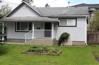 Photo 1: 46249 SECOND Avenue in Chilliwack: Chilliwack E Young-Yale House for sale : MLS®# R2164294
