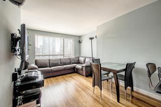 "Photo 5: 1605 1189 HOWE Street in Vancouver: Downtown VW Condo for sale in ""THE GENESIS"" (Vancouver West)  : MLS®# R2166646"