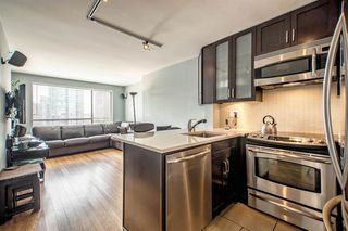 "Photo 4: 1605 1189 HOWE Street in Vancouver: Downtown VW Condo for sale in ""THE GENESIS"" (Vancouver West)  : MLS®# R2166646"