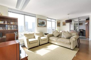 """Photo 5: 904 1055 HOMER Street in Vancouver: Yaletown Condo for sale in """"DOMUS"""" (Vancouver West)  : MLS®# R2173690"""