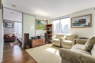 "Photo 4: 904 1055 HOMER Street in Vancouver: Yaletown Condo for sale in ""DOMUS"" (Vancouver West)  : MLS®# R2173690"