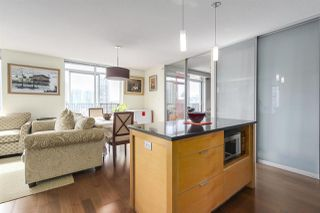 """Photo 8: 904 1055 HOMER Street in Vancouver: Yaletown Condo for sale in """"DOMUS"""" (Vancouver West)  : MLS®# R2173690"""