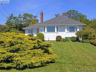 Photo 1: 284 Beach Drive in VICTORIA: OB South Oak Bay Single Family Detached for sale (Oak Bay)  : MLS®# 379016