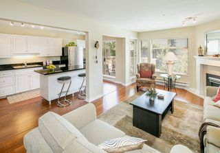 "Photo 3: 202 1118 55 Street in Delta: Tsawwassen Central Condo for sale in ""CAMBRIDGE PLACE"" (Tsawwassen)  : MLS®# R2175508"
