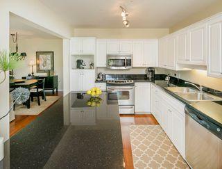 "Photo 9: 202 1118 55 Street in Delta: Tsawwassen Central Condo for sale in ""CAMBRIDGE PLACE"" (Tsawwassen)  : MLS®# R2175508"
