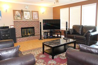 Photo 5: 3725 NANAIMO Crescent in Abbotsford: Central Abbotsford House for sale : MLS®# R2178749