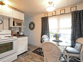 Photo 5: 12 2587 Selwyn Rd in VICTORIA: La Mill Hill Manufactured Home for sale (Langford)  : MLS®# 762820