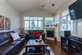 Photo 3: 401E 1115 Craigflower Rd in VICTORIA: Es Gorge Vale Condo Apartment for sale (Esquimalt)  : MLS®# 762922