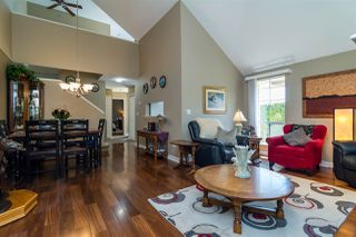 Photo 4: 37 6140 192 Street in Surrey: Cloverdale BC Townhouse for sale (Cloverdale)  : MLS®# R2189554