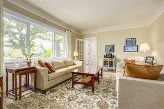 Photo 3: 2486 W 13TH Avenue in Vancouver: Kitsilano House for sale (Vancouver West)  : MLS®# R2190816