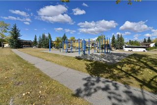 Photo 27: 43 Ranchero Green NW in Calgary: Ranchlands House for sale : MLS®# C4138683