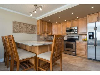 "Photo 5: 607 15111 RUSSELL Avenue: White Rock Condo for sale in ""PACIFIC TERRACE"" (South Surrey White Rock)  : MLS®# R2217862"