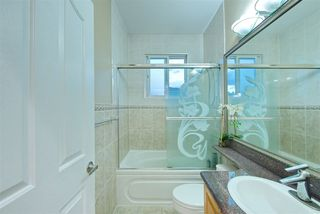 Photo 8: 929 E 57TH Avenue in Vancouver: South Vancouver House for sale (Vancouver East)  : MLS®# R2223849