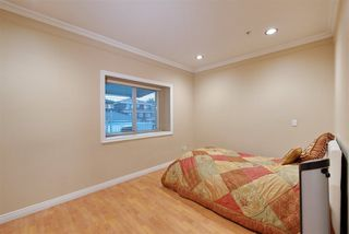 Photo 9: 929 E 57TH Avenue in Vancouver: South Vancouver House for sale (Vancouver East)  : MLS®# R2223849