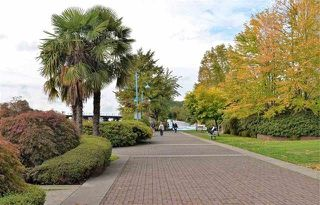 "Photo 20: 1308 1 RENAISSANCE Square in New Westminster: Quay Condo for sale in ""QUAY"" : MLS®# R2234091"