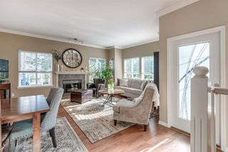 """Photo 3: 28 241 PARKSIDE Drive in Port Moody: Heritage Mountain Townhouse for sale in """"PINEHURST"""" : MLS®# R2243093"""