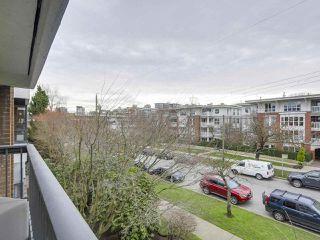Photo 18: 308 1877 W 5TH Avenue in Vancouver: Kitsilano Condo for sale (Vancouver West)  : MLS®# R2244751