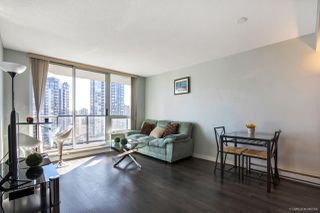 "Photo 4: 1601 1212 HOWE Street in Vancouver: Downtown VW Condo for sale in ""1212 HOWE"" (Vancouver West)  : MLS®# R2248305"
