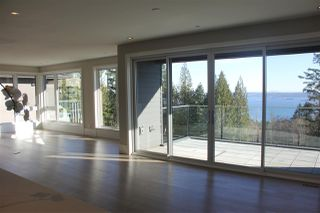 Photo 4: 2998 BURFIELD Place in West Vancouver: Cypress Park Estates House 1/2 Duplex for sale : MLS®# R2249884