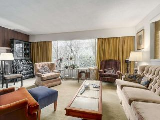 """Photo 3: 3901 TUPPER Street in Vancouver: Cambie House for sale in """"Douglas Park"""" (Vancouver West)  : MLS®# R2256298"""