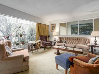 """Photo 4: 3901 TUPPER Street in Vancouver: Cambie House for sale in """"Douglas Park"""" (Vancouver West)  : MLS®# R2256298"""