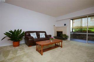 Photo 5: 104 1012 Pakington St in VICTORIA: Vi Fairfield West Condo for sale (Victoria)  : MLS®# 786779