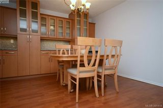 Photo 4: 104 1012 Pakington St in VICTORIA: Vi Fairfield West Condo for sale (Victoria)  : MLS®# 786779