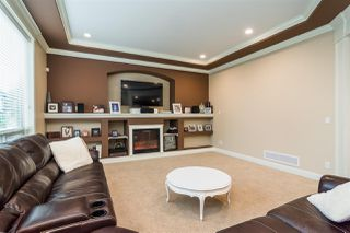 "Photo 4: 8067 210 Street in Langley: Willoughby Heights House for sale in ""YORKSON"" : MLS®# R2326682"