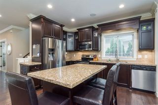 "Photo 7: 8067 210 Street in Langley: Willoughby Heights House for sale in ""YORKSON"" : MLS®# R2326682"
