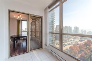 "Photo 11: 1903 867 HAMILTON Street in Vancouver: Downtown VW Condo for sale in ""Jardine's Lookout"" (Vancouver West)  : MLS®# R2331796"