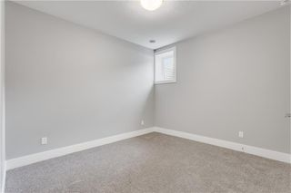 Photo 29: 2113 53 Avenue SW in Calgary: North Glenmore Park Semi Detached for sale : MLS®# C4226346