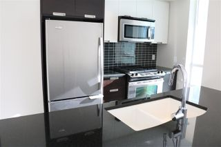 """Photo 7: 2107 2968 GLEN Drive in Coquitlam: North Coquitlam Condo for sale in """"GRAND CENTRAL 2"""" : MLS®# R2342585"""