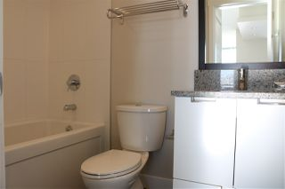 """Photo 11: 2107 2968 GLEN Drive in Coquitlam: North Coquitlam Condo for sale in """"GRAND CENTRAL 2"""" : MLS®# R2342585"""