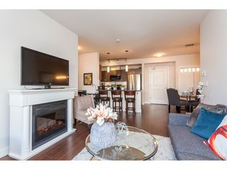 Photo 5: 108 20219 54A Avenue in Langley: Langley City Condo for sale : MLS®# R2349398