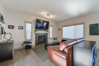 Photo 2: 5524 6 Avenue in Edmonton: Zone 53 House for sale : MLS®# E4151137
