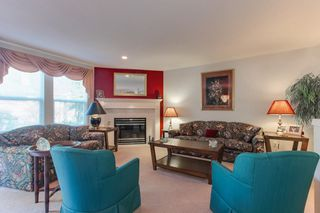 "Photo 2: 231 13888 70 Avenue in Surrey: East Newton Townhouse for sale in ""Chelsea Gardens"" : MLS®# R2358098"