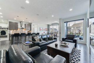 Photo 5: 4332 WHITELAW Way in Edmonton: Zone 56 House for sale : MLS®# E4152850