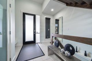 Photo 3: 4332 WHITELAW Way in Edmonton: Zone 56 House for sale : MLS®# E4152850