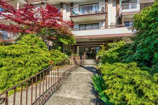 "Photo 19: 211 1360 MARTIN Street: White Rock Condo for sale in ""WEST WINDS"" (South Surrey White Rock)  : MLS®# R2362509"