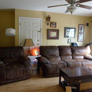 "Photo 4: 10 7715 LUCKAKUCK Place in Sardis: Sardis West Vedder Rd Townhouse for sale in ""VILLAGE CREEK"" : MLS®# R2365671"