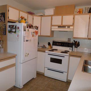 "Photo 7: 10 7715 LUCKAKUCK Place in Sardis: Sardis West Vedder Rd Townhouse for sale in ""VILLAGE CREEK"" : MLS®# R2365671"