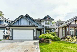 Main Photo: 21660 93 Avenue in Langley: Walnut Grove House for sale : MLS®# R2367944
