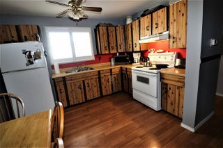 Photo 3: 1774 Lakewood Road S in Edmonton: Zone 29 Townhouse for sale : MLS®# E4156843