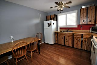Photo 4: 1774 Lakewood Road S in Edmonton: Zone 29 Townhouse for sale : MLS®# E4156843